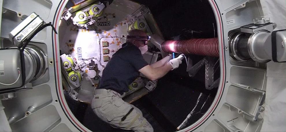 Los Astronautas de la ISS Entran Por Primera Vez en el Módulo BEAM