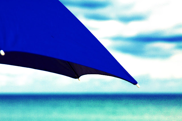 beach photography, umbrella photography, blue umbrella, beach bum chix