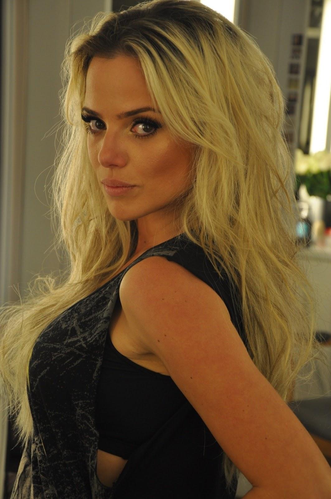 Lisbet Lundquist Nude Photos 15