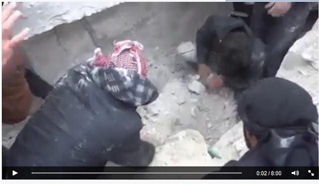 Ajaib ! Sungguh ajaib Anak Kecil Asal Palestina Selamat Dari Reruntuhan Bangunan