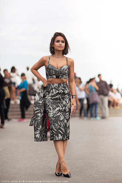 Miroslava Duma looks crop tops