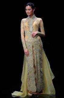 Model Gaun Kebaya Modern untuk Wanita Dewasa