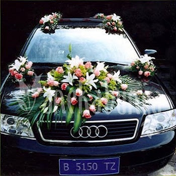 Wedding Car Decoration design and decoration for the bridal car