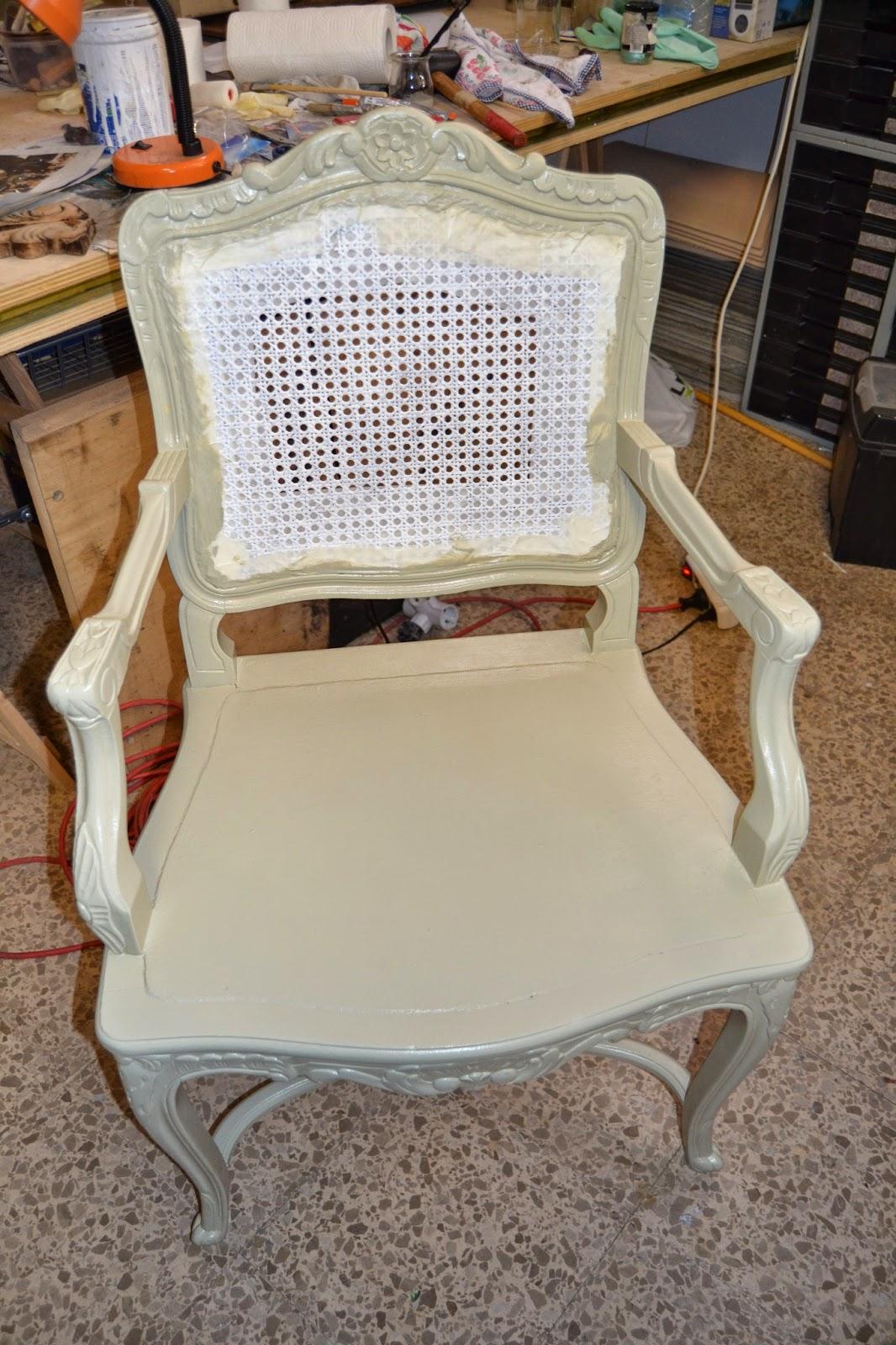 Taller de restauraci n lila restauraci n silla rejilla - Reparacion de sillas de rejilla ...