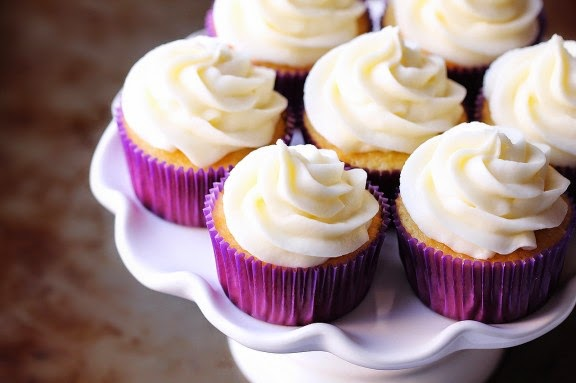 http://www.gimmesomeoven.com/favorite-vanilla-cupcakes/