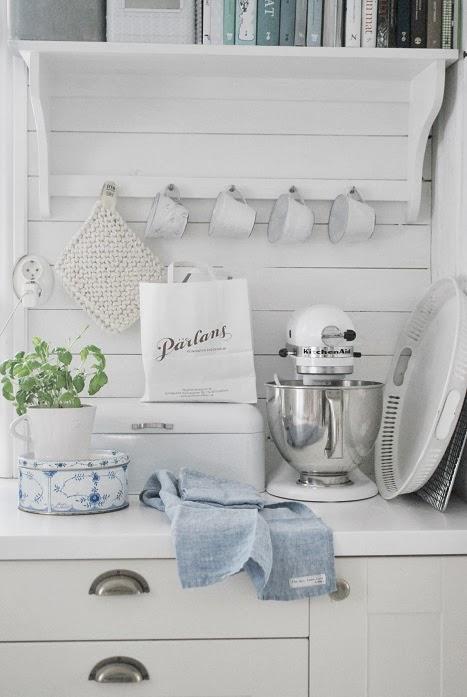 Varmt välkommen till butik Julias vita drömmar!