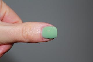 Dior Rock Your Nails Rock Coat Test
