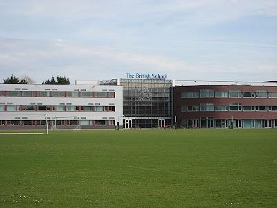 Oud-leerling van The British School in Voorschoten opgepakt.
