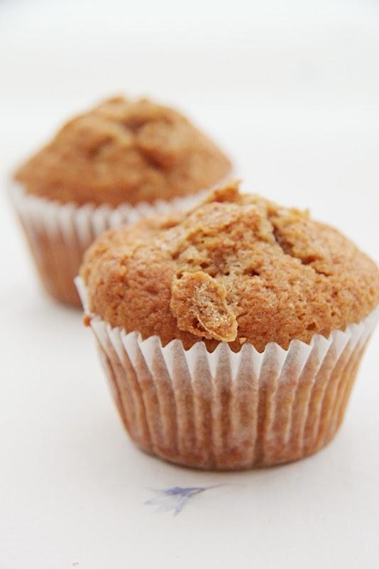 Cynamonowe muffiny z jabłkami