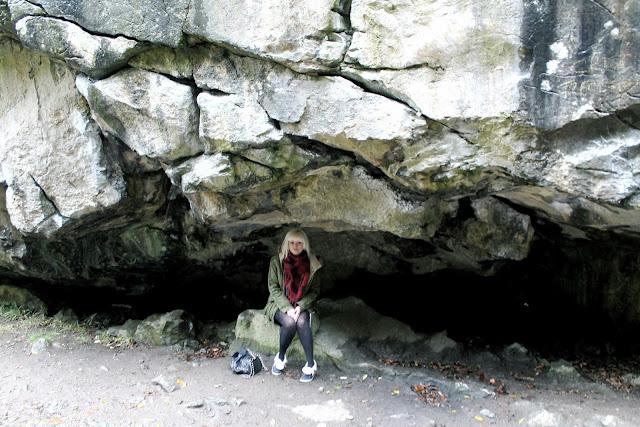 dinas rock cave