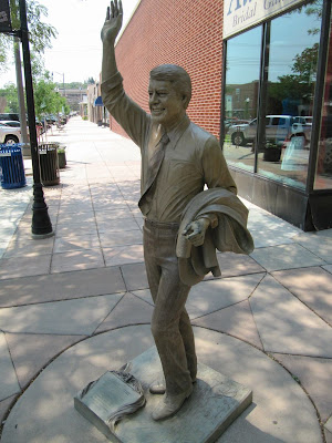 Jimmy Carter statue, estatuas de rapid city, estatua de Jimmy Carter