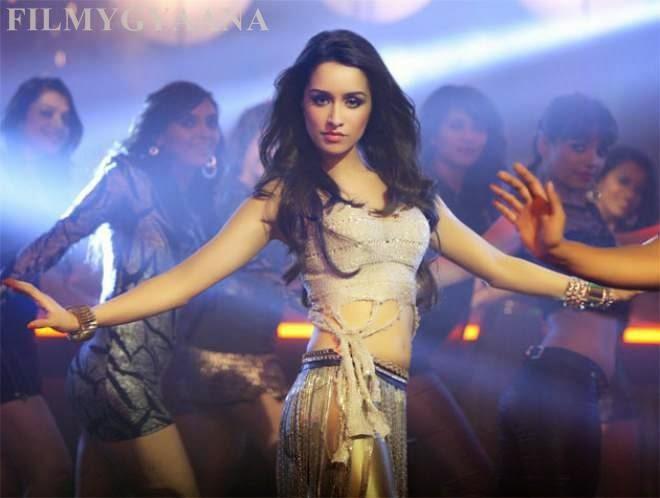 Shraddha Kapoor Ungli Dance Basanti Song Hot Photos
