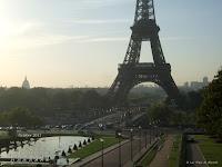 Fond d'écran octobre 2011 - Jardins du Trocadéro et tour Eiffel