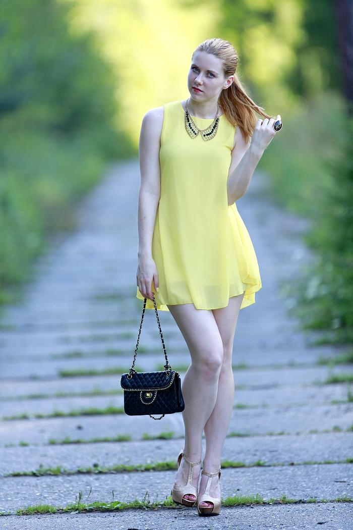 česká blogerka, Lucie srbová, bright dress, chicnova, chiffon, midi