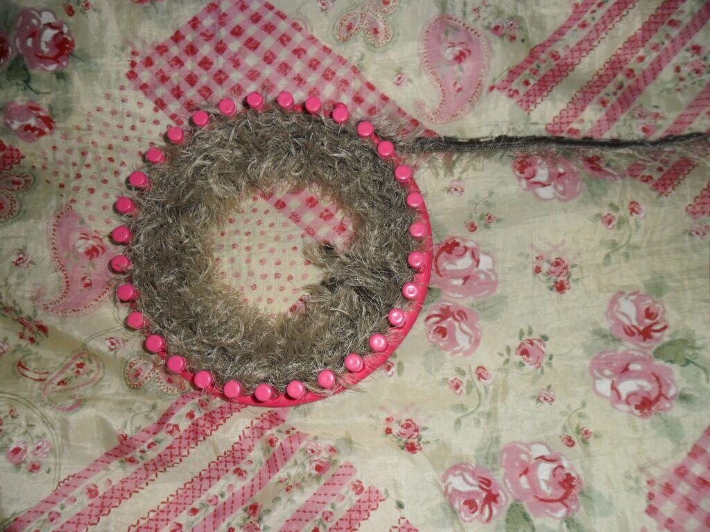 le tricotin g ant belge comment faire un snood au tricotin avec de la laine pour charpes. Black Bedroom Furniture Sets. Home Design Ideas