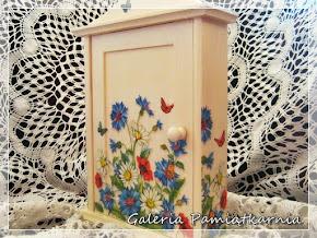 Szafka na Klucze Drewniana Decoupage Kwiaty Łąka Maki i Chabry