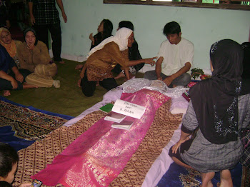 Pemakaman mamah