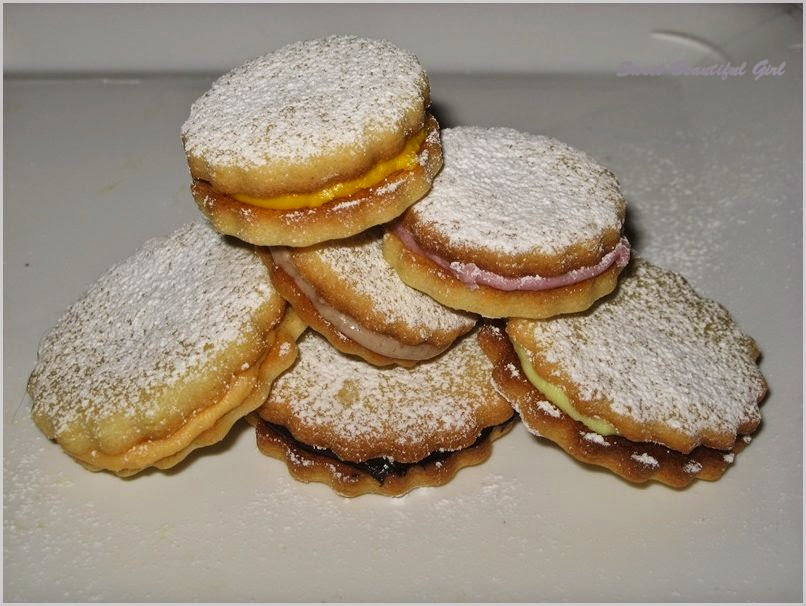 Biscottini, dolci, biscottini con crema, biscotti con crema