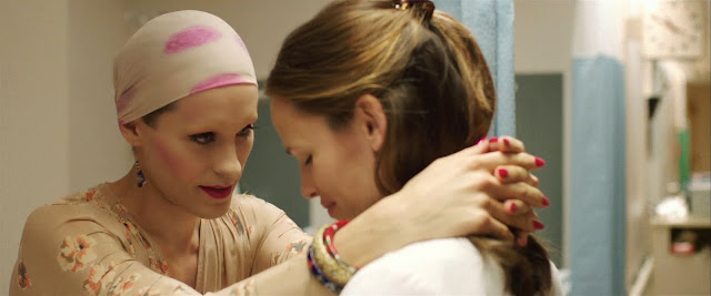 Dallas Buyers Club Jared Leto as Rayon & Jennifer Garner as Dr. Eve Saks