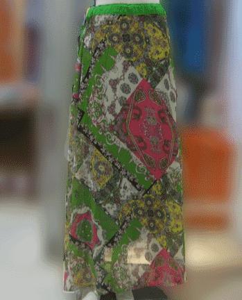 Rok Panjang bermotif batik