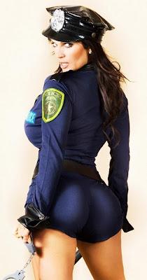 mujer policia muy sexy