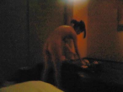 Gambar Bugil Foto foto cewek di hotel sebelum ditidurin