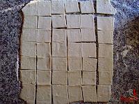 Pasteles-hojaldre cortado