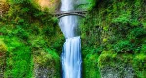 Multnomah Falls - Rio Columbia, Oregon, EUA