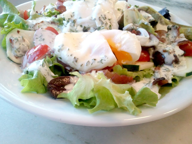 Mixed Greens with Poached Eggs and Summer Herb Vinagrette