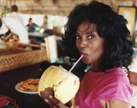 Aos 70, Annette Larkins aparenta ter apenas 40, graças à dieta vegana