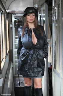 Hot Naked Girl - rs-witra02-719245.jpg