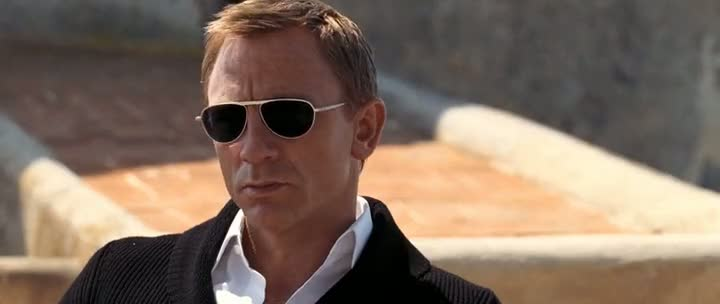 Screen Shot Of James Bond Quantum of Solace (2008) Dual Audio Movie 300MB small Size PC Movie