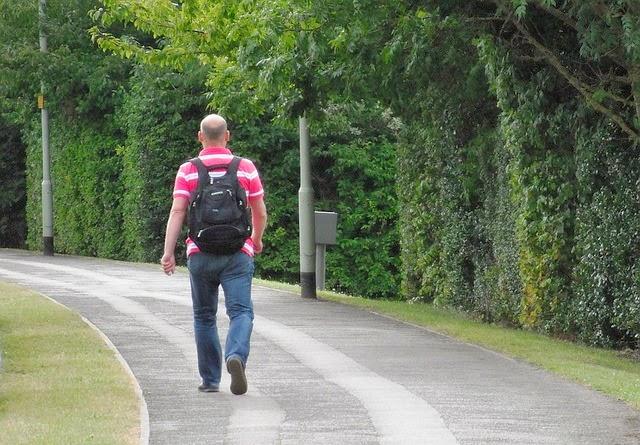 La marche : un sport efficace pour faire Perdre Du Ventre ?