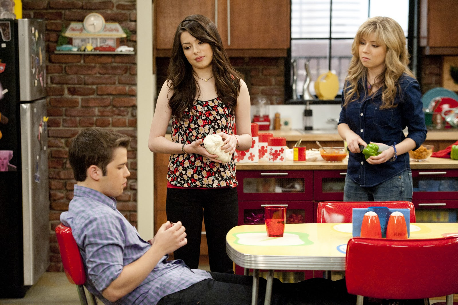 watch icarly imeet the first lady online free Icarly - season 5 episode 09: imeet the first lady 2016-07-08 icarly you can watch movies online for free without registration putlocker - free online movies.