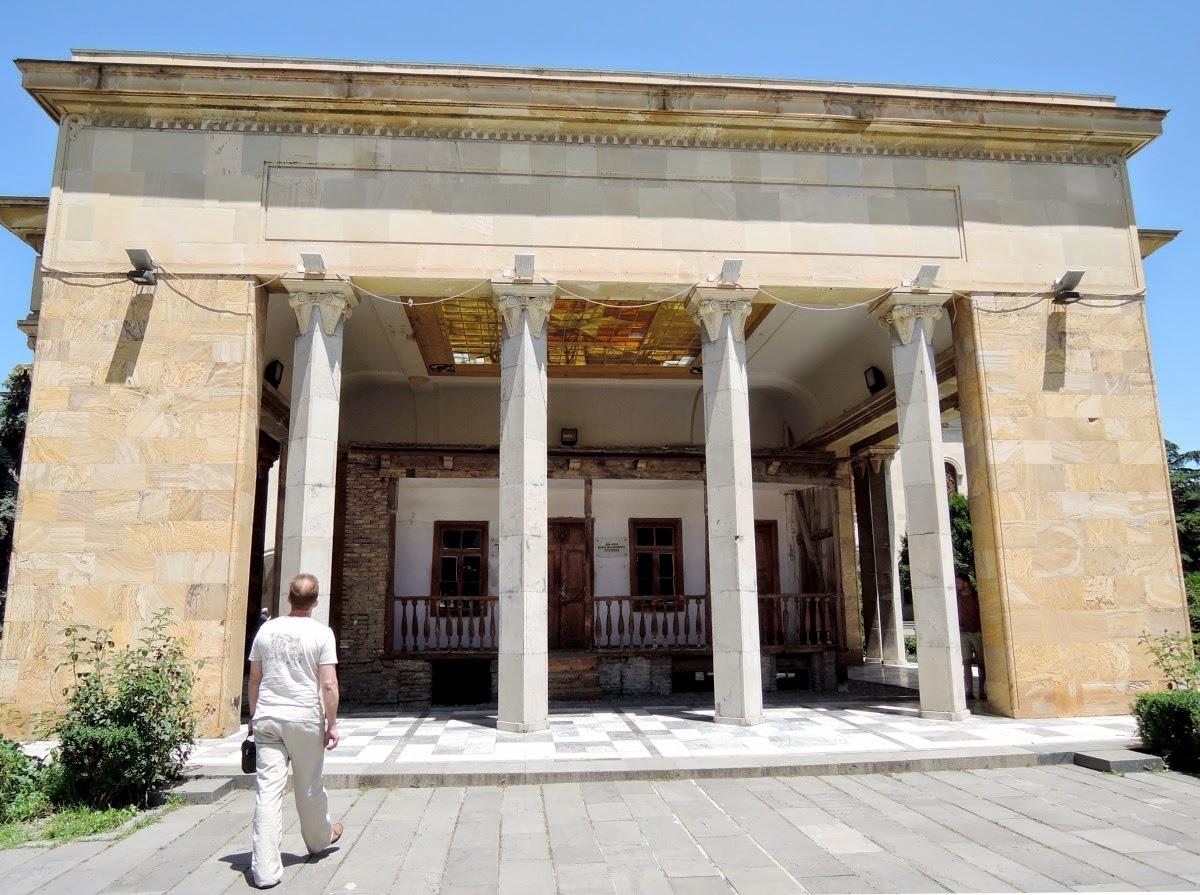 Дом Сталина в Гори