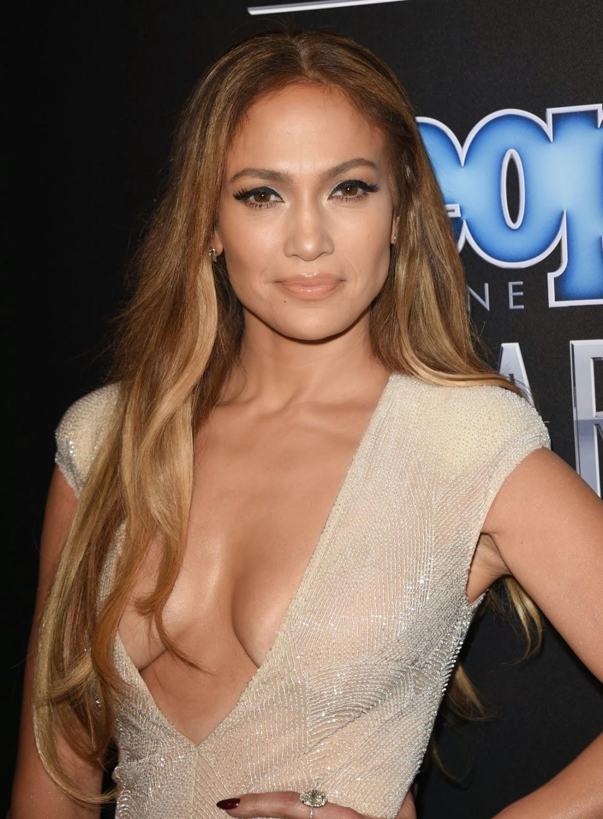 Jennifer Lopez Flaunts Major Cleavage at People Magazine