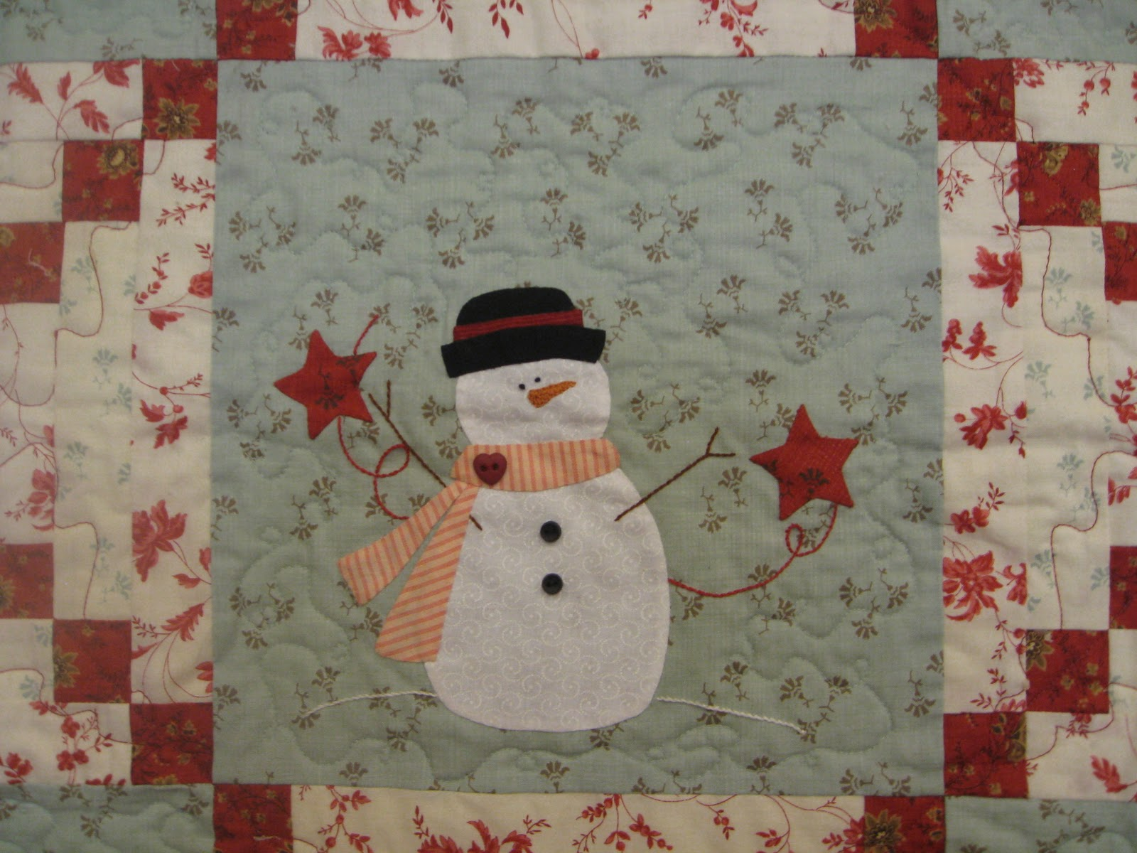 Gingerbread Girl's Quilting Adventures: Decorating for Christmas ... : bunny hill quilt patterns - Adamdwight.com