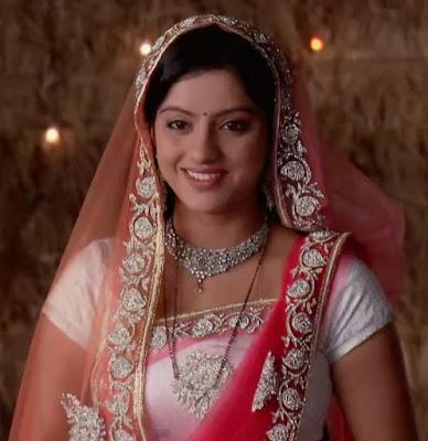 Sandhya Peach Colour Saree from Diya aur baati hum