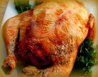 Pollo a la brasa cinco sabores relleno con tacu tacu