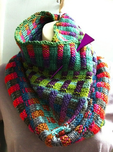 A Really Good Yarn: Inspira Cowl