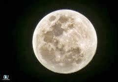 E a Lua é fantástica.
