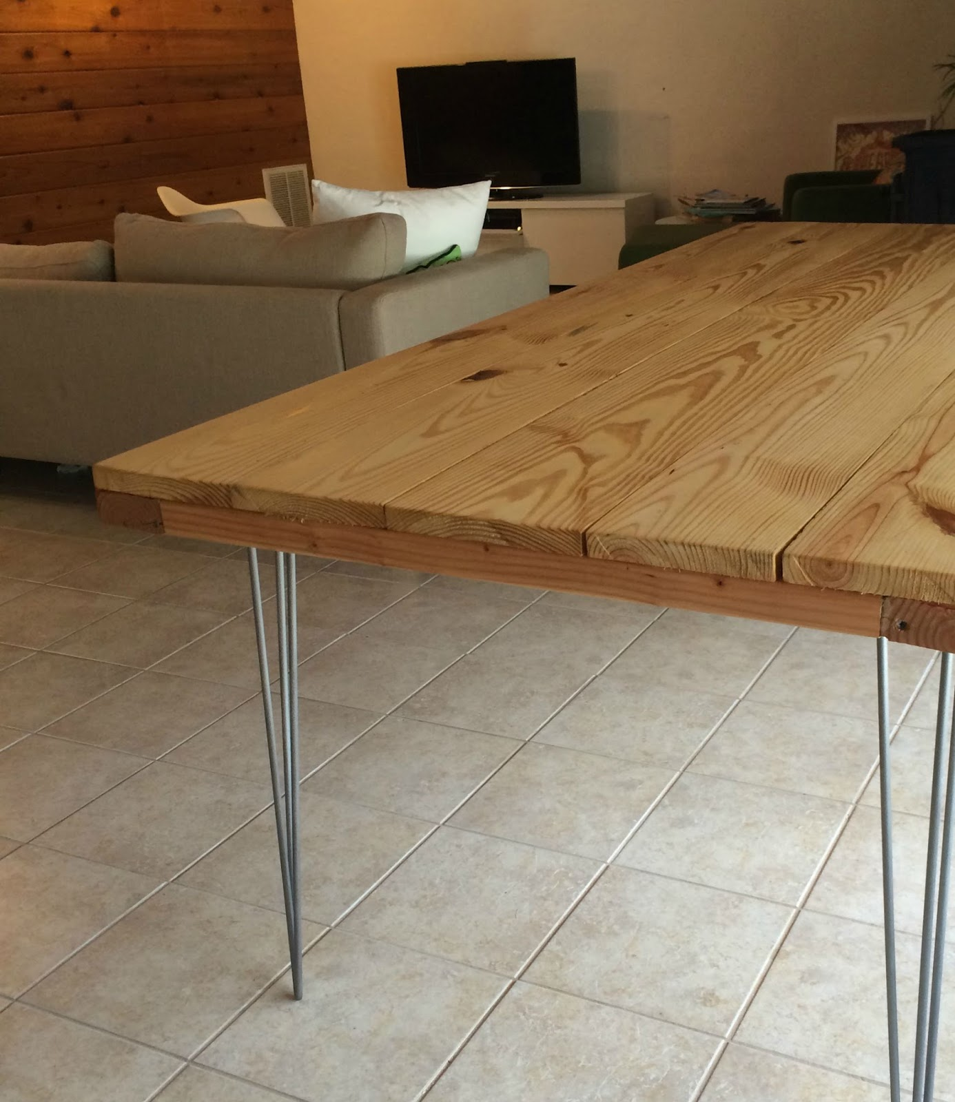 Incroyable DIY Dining Table