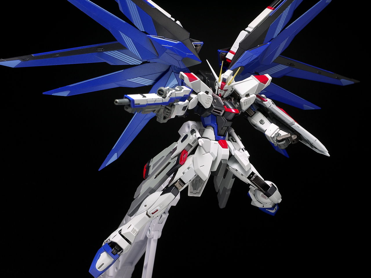 Gundam strike freedom wallpaper hd