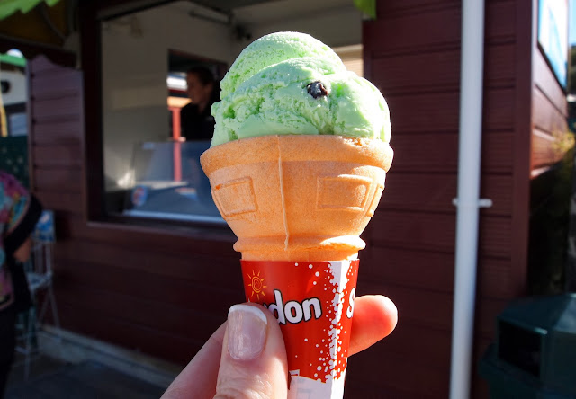 Classic New Zealand ice-cream - Tip Top mint choc chip