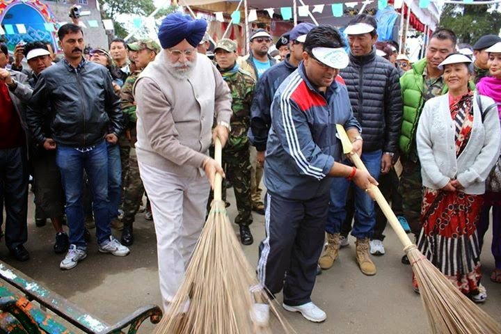 GTA observed Swaach Bharat Abhiyan in Darjeeling- SS Ahluwalia and Roshan Giri