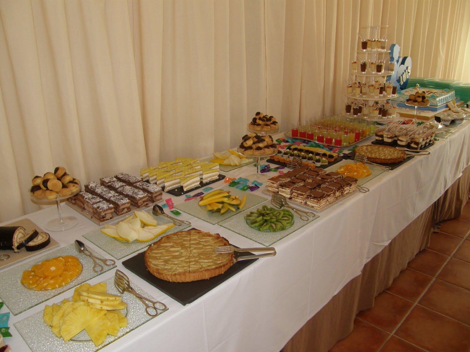 Caminete de luna el buffet por marco guzm n for Como se dice mesa en frances