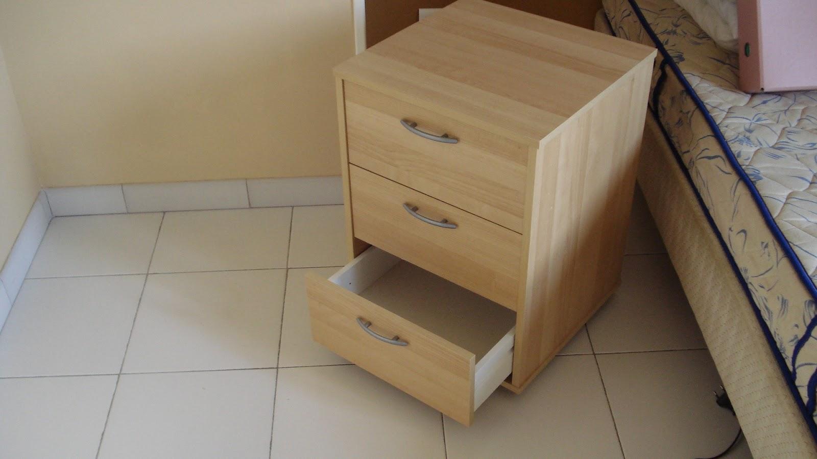 Nini Vide Sa Maison Vendu Caisson A Tiroirs Sur Roulettes Ikea