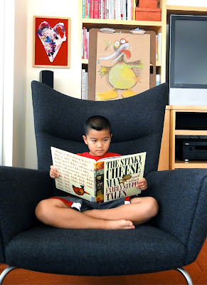 A read aloud by E (The Really Ugly Duckling)