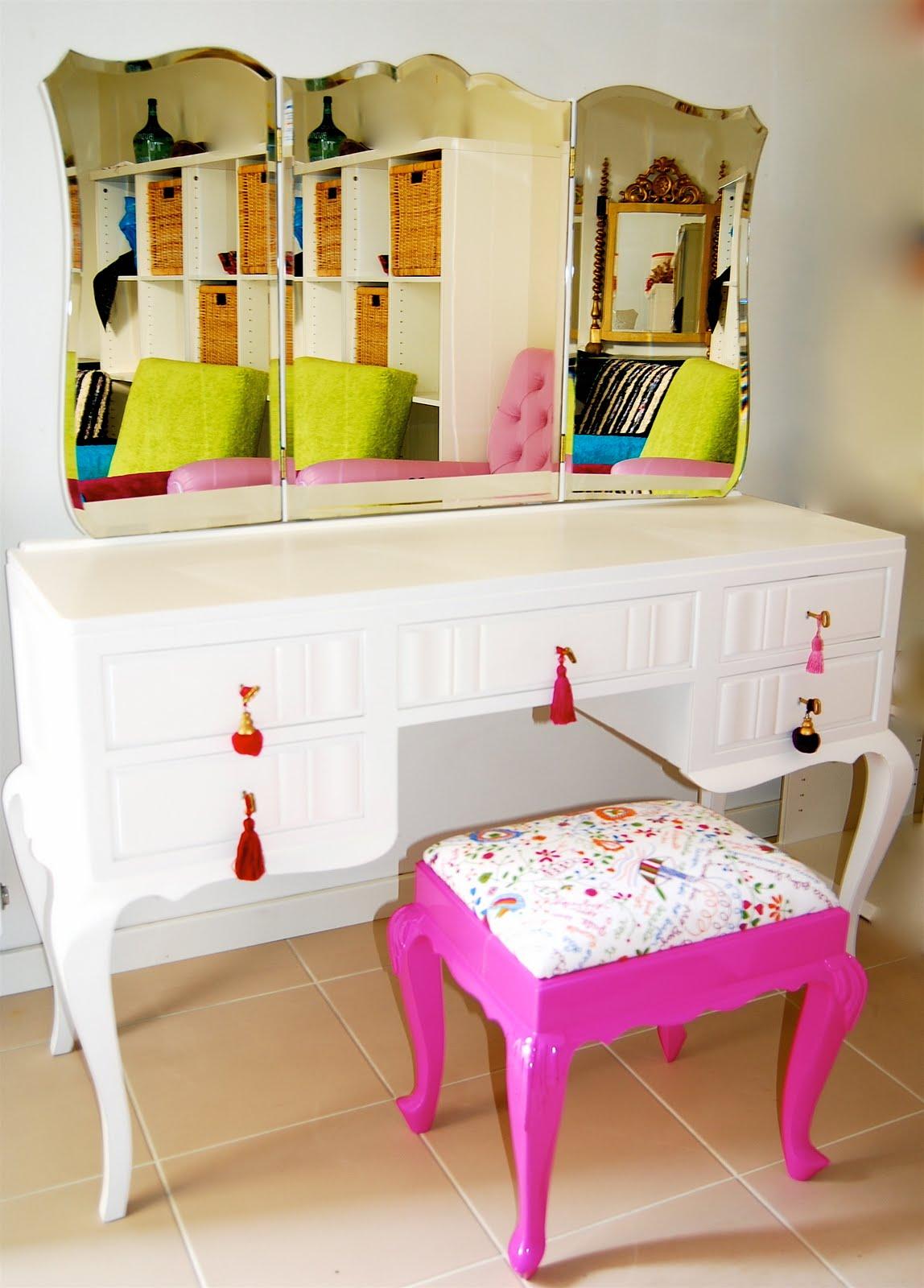 Construindo Minha Casa Clean: Penteadeiras Modernas e Vintage!!! Um  #AEAE1D 1148x1600