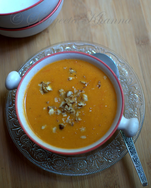 yellow bell peppers soup | soup for two in ten minutes..
